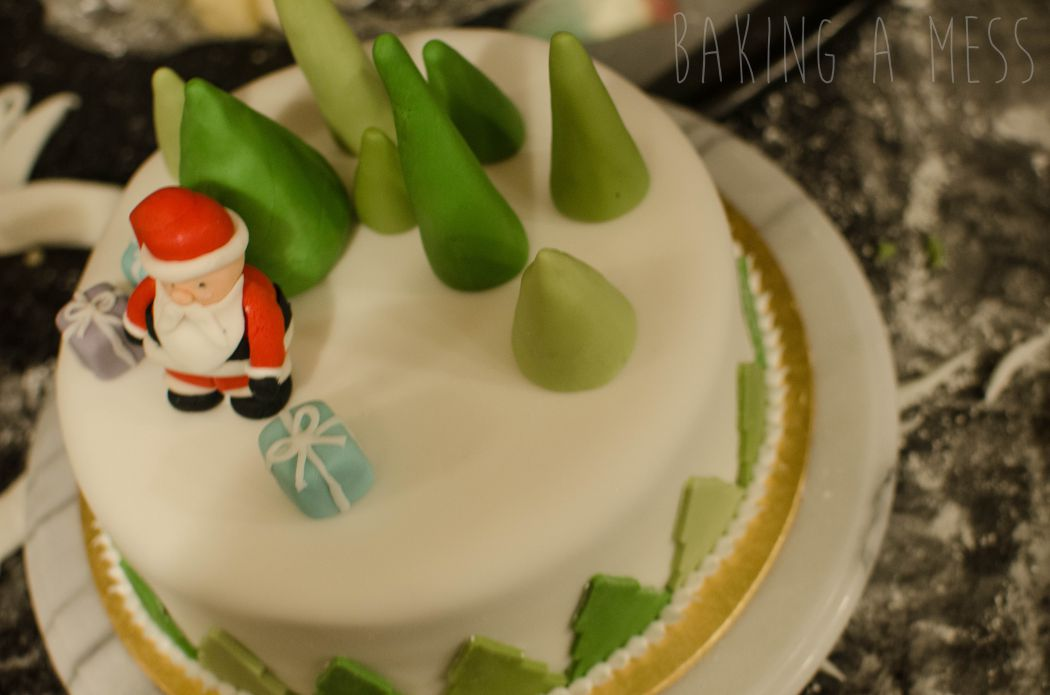 Ready Roll Icing Cake Decoration